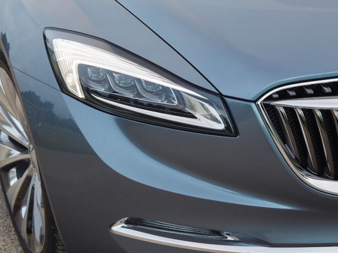Buick Avenir Headlight