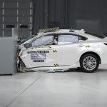 2016 Lexus ES 350 IIHS