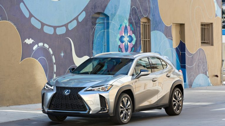 Ny Auto Show 2019 Lexus Ux Crossover Unveiled Subscription Service Offered