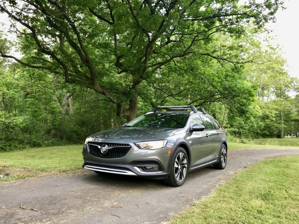 Road Test: 2018 Buick Regal TourX - The Intelligent Driver
