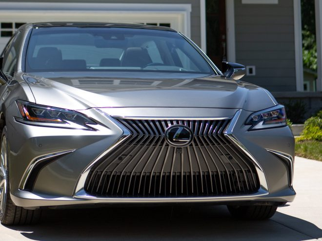 2019 Lexus ES Amazon Prime Day