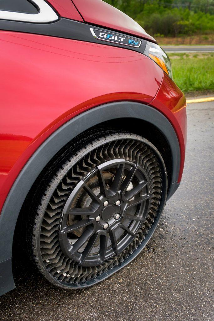 Michelin Uptis Chevy Bolt